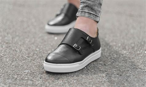 Top 10 Kitchen Shoes 2018 Review Guide Shoe Adviser Best Shoes For Working In A Kitchen