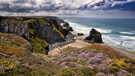 bedruthan steps cornwall england celtic sea england celtic