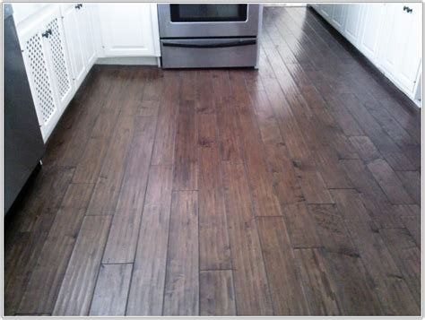 linoleum that looks like hardwood floors linoleum flooring that looks like wood flooring home decorating ideas grapjmm4vo
