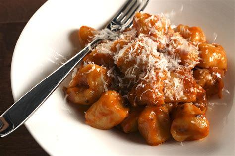 potato gnocchi with tomato porcini sauce recipe chowhound