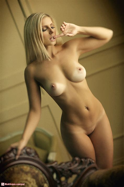 Soft Focus Nude Blonde Picture Of The Day Nickscipio Com