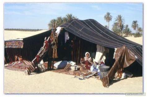 tende beduine photo nuit au d 233 sert sous tente b 233 douine voyage au sud