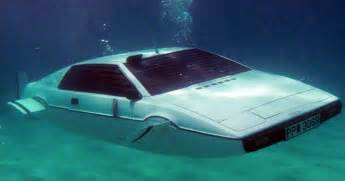 Submarine Lotus Elon Musk Buys Bond Lotus Submarine Will Put Tesla