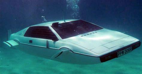 elon musk buys bond lotus submarine will put tesla