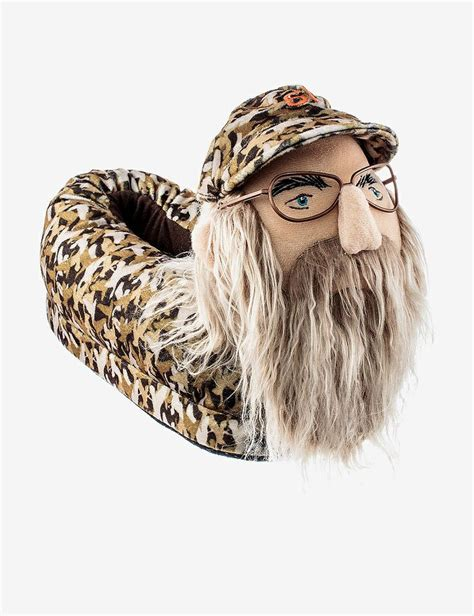 duck dynasty house shoes duck dynasty uncle si camo house slippers men s stage stores stuff for my boys