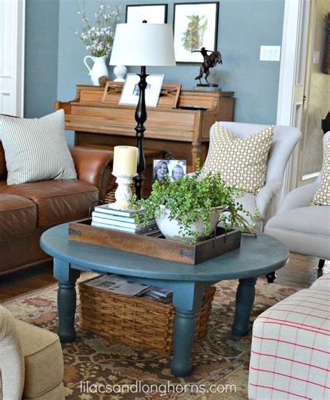 How To Decorate A Round Coffee Table | best coffee table decorating tips stylish coffee table