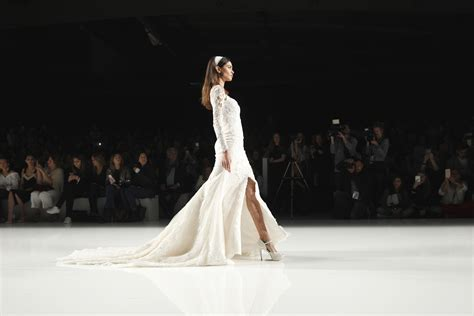 Contention On The Catwalk As Fashion Finds It Conscience by Dress Trends From Barcelona Bridal Fashion Week
