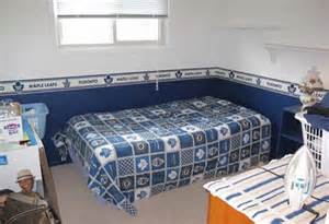 justin bieber bedroom justin bieber s childhood home is for sale photo