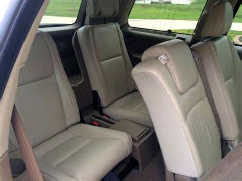 buy   volvo xc  awd leather sunroof  row seating  san antonio texas united states