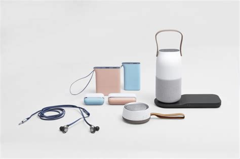 samsung mobile global samsung to roll out exclusive mobile accessories in