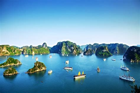 planet turs visiting halong bay tips to plan your trip