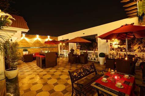tattoo villa new delhi delhi sai villa new delhi indien omd 246 men och prisj 228 mf 246 relse
