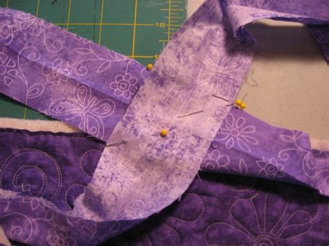 How To Join Quilt Binding by Finishing A Quilt Binding Just Quilting