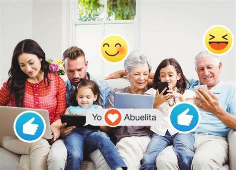 imagenes de la familia reunida c 243 mo usar las redes sociales para mejorar la convivencia