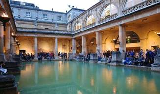 Christmas Mini Lights Museums At Night Lighting Up The Great Bath Events At