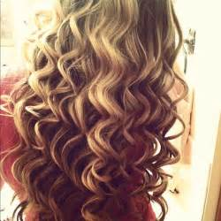 pretty hair styles with wand art blonde curls curly image 639845 on favim com