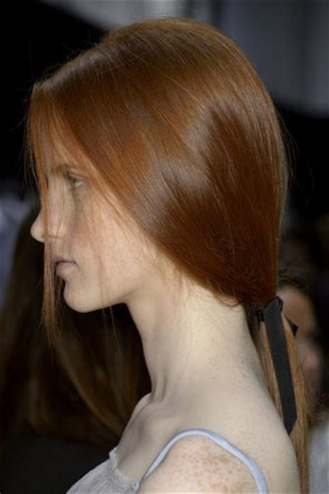 ponytail hairstyles 2013 14 low ponytail hair trend recreate the low ponytail from