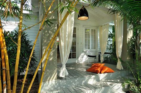 choosing   curtains  breezy summer nights