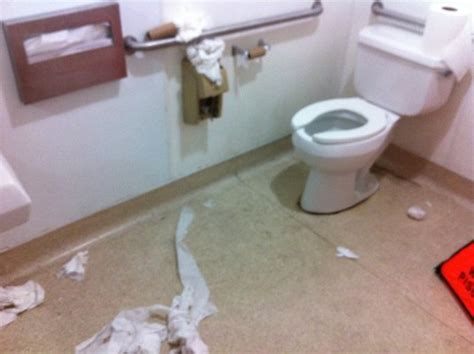 nasty bathrooms toilet thelifeofanamy