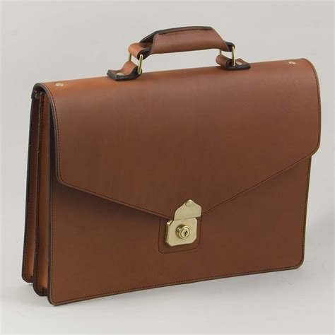 the briefcase lite henry tomkins