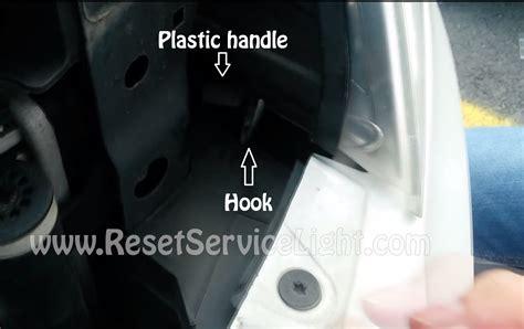 change headlight bulb skoda octavia change the headlight bulb skoda octavia 2 facelift reset