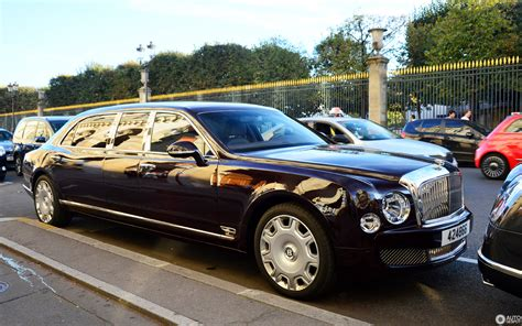 bentley mulsanne limo bentley mulsanne grand limousine 9 october 2016 autogespot