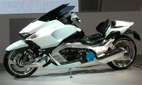 max bmw ct 2003年に登場した未来のバイク 格好良すぎる と話題になった suzukiのg strider スズキさん