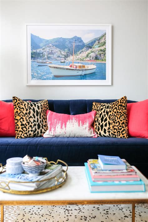 leopard print living room decor 25 best ideas about leopard living rooms on pinterest