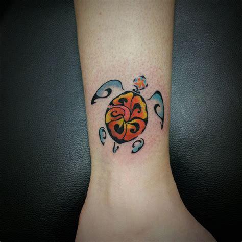 turtle wrist tattoos turtle tattoos on wrist www pixshark images