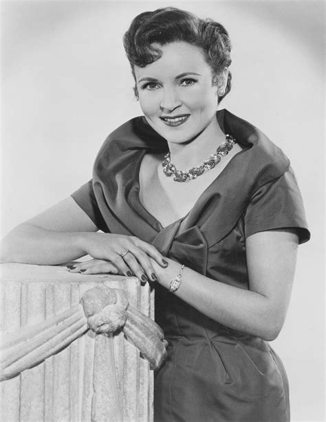young betty white images pictures findpik betty white at 222 best images about betty white on pinterest the
