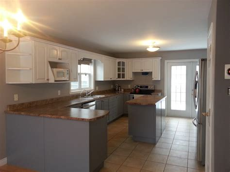 painting vs refacing kitchen cabinets kitchen cabinet painting vs kitchen refacing what s best