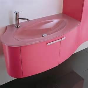 tamil actress trisha bathroom trisha bathroom bit photos
