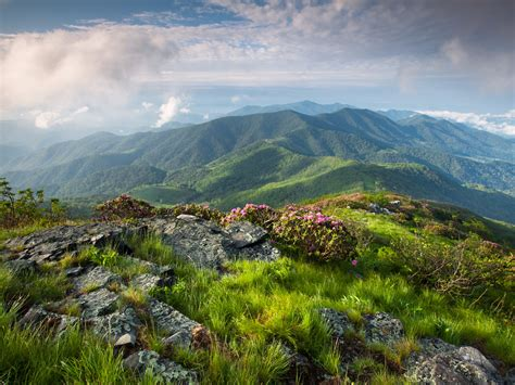 25 hikes to take in your lifetime business