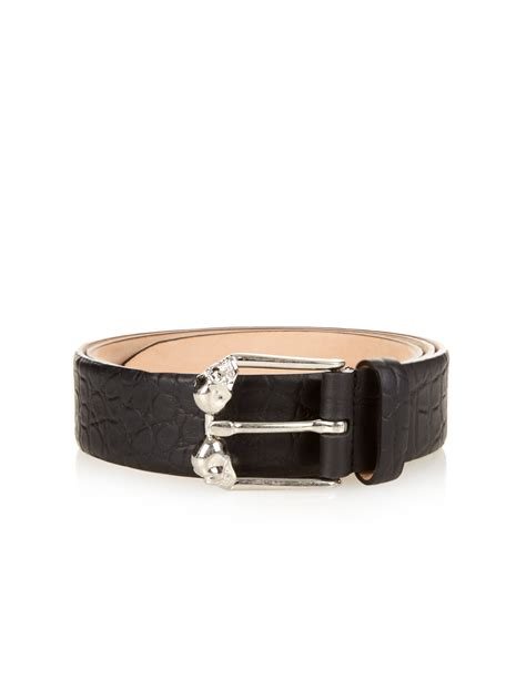 mcqueen skull buckle leather belt in black for