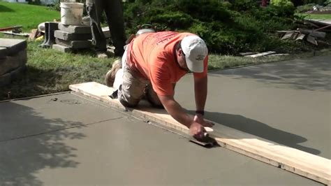 How To Make A Cement Patio by How To Pour Concrete Driveway