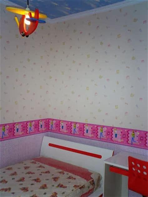 harga wallpaper dinding kamar garis harga walllpaper dinding lebih mahal dibanding cat dinding