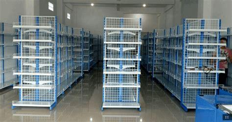 Teh Hijau Di Minimarket rak minimarket ala indomaret rak toko ala indomaret