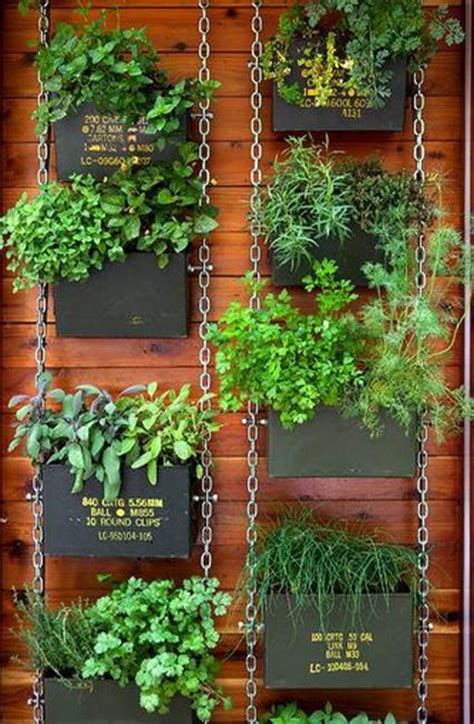 Fence Hanging Planter Box by Hanging Planter Boxes For Fence Woodworking Projects Plans