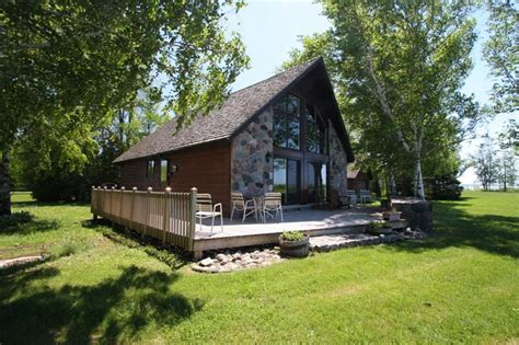 port elgin cottage panoramic lighthouse yourcottagerentals