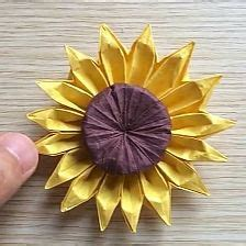 Origami Sunflower Step By Step - 1000 ideas about origami flowers on origami
