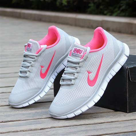 cabecera zapatos zapatillas mujer para gimnasio