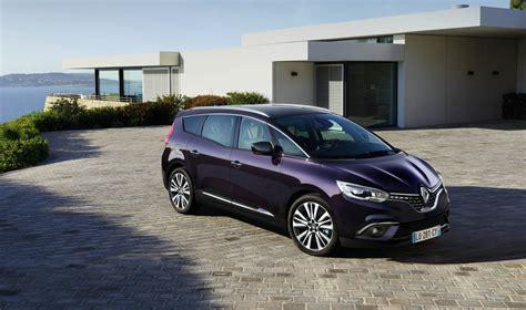100 Renault Minivan F1 Spot De Jongerius F1 In