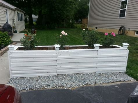 pallet flower bed pallet flower bed with solar lights my country yard pinterest