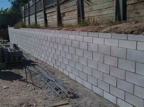 Cinder Block Retaining Wall Drainage Cinder Block Garden Wall Foundations