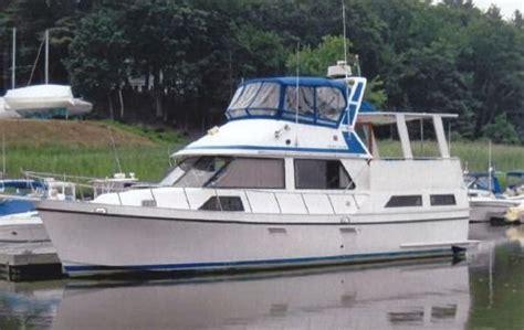 golden star  sun deck trawler  montrose ny