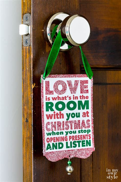 printable christmas door decorations in my own style thrifty diy decorating ideas for your