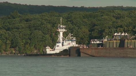viking tugboat buchanan ny september 3 kirby tugboat quot viking quot pushes