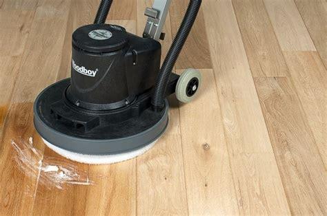 pavimento stato fai da te come lucidare il parquet pulizia tecniche per la