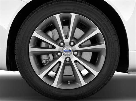volvo   recalled  incorrect tire pressure labels autoguidecom news