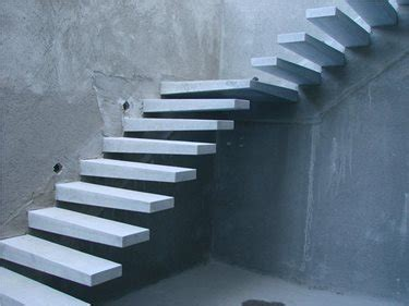 how to build garage steps